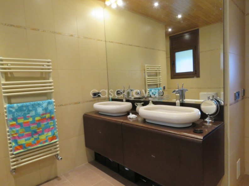 House for sale in Nagol