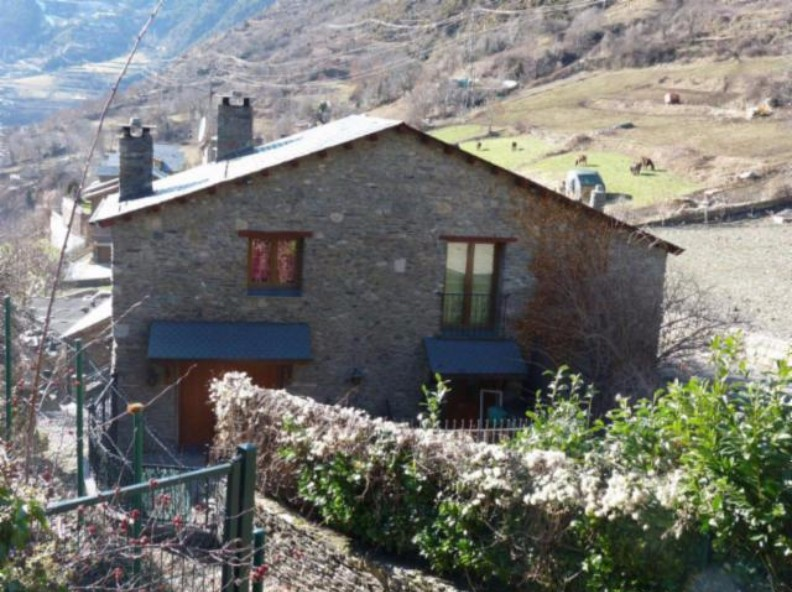 House for sale in Les Bons