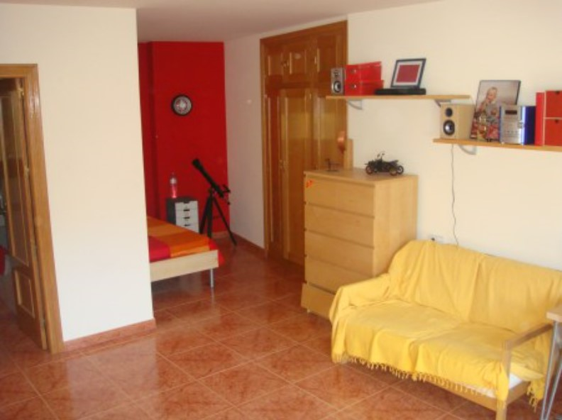House for sale in Aixirivall