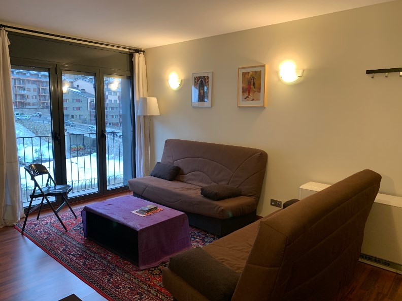 Buy Flat Incles: 55 m² - 150.000 €