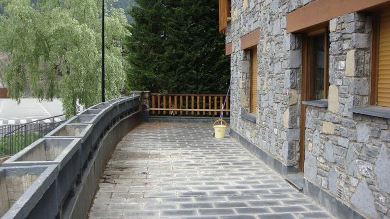 Buy Chalet-Tower Andorra la Vella: 400 m² - 1.400.000 €